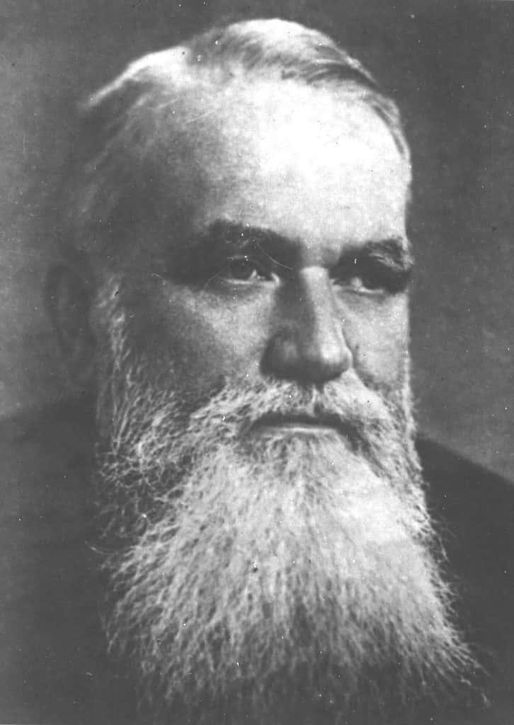 康斯坦丁·伊万诺维奇·斯特拉霍维奇, 列宁格勒工学院压缩机工程部门的第一任 负责人