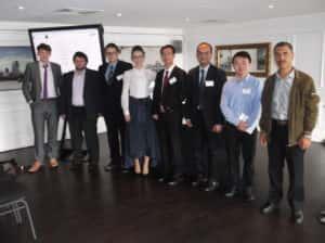 科学工程中心的员工在伦敦举办的一次研 讨会上