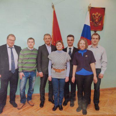 """""""壓縮機、真空及製冷設備""""系副教授Yu.V. Kozhukhov 是 2012 年俄羅斯聯邦總統贈款競賽的獲勝者之一。"""
