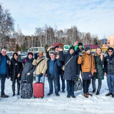 "KViHT 科學小組負責人 Yu.V. Kozhukhov 和副主任 S.V. Kartashov 是鄂木斯克國立技術大學第十屆國際科學技術會議""2020 年石油化工和油氣生產技術和技術""的參與者之一。"